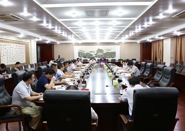 省委统战部常务副部长陈昌虎来我市调研党外干部工作